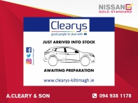1.5 Diesel SV with Nissan Connect **Reversing Camera**